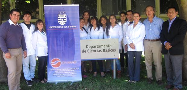 Misión: El Laboratorio de Fisiología Vascular (LFV), del Departamento de Ciencias Básicas de la Universidad del Bio Bio, es un laboratorio de investigaciones enfocado en entender como las células endoteliales […]